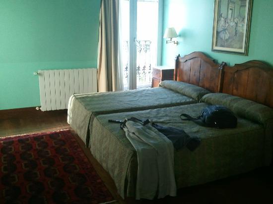 Hotel La Galeria: Room