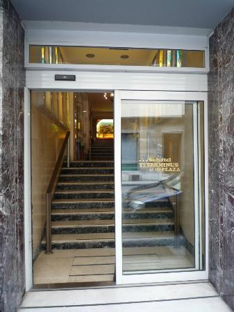 Hotel Terminus & Plaza : Entrée