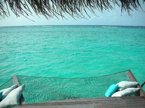 Kanuhura - Maldives: overwater