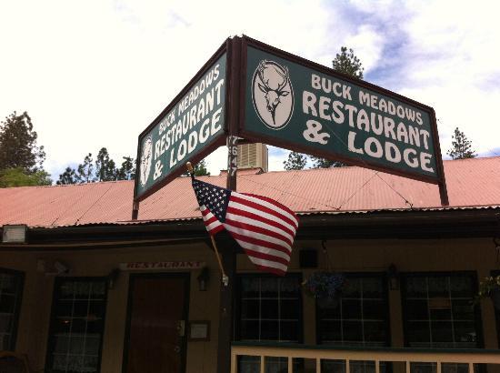 Buck Meadows Restaurant and Bar : Insegna
