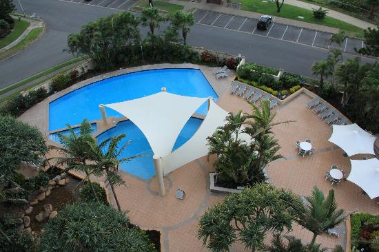 Oceana on Broadbeach: The pool area