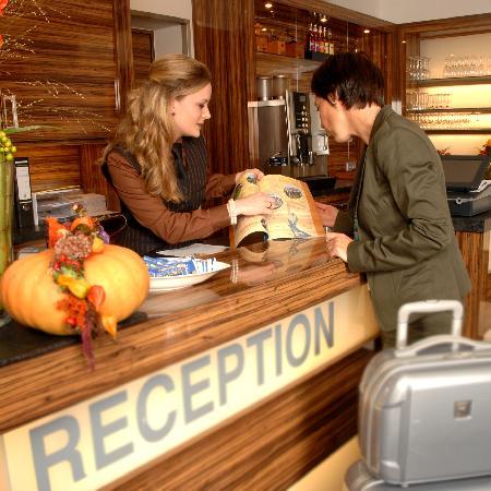 Hotel Restaurant Mühlentor: Reception