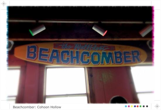 Wellfleet Beachcomber : inside