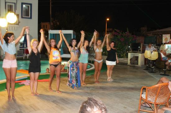 Hotel Kalender : belly dancing