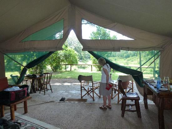 Governors' Il Moran Camp: Game viewed from our tent