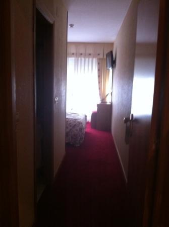 Hotel Maruxia: habitación