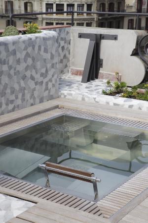 El Palauet Living Barcelona: waterbeds
