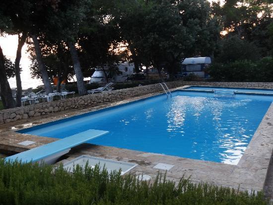Villa Nela: la piscine