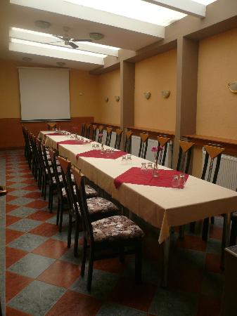 Garni Hotel Olympia: Beige Soloon