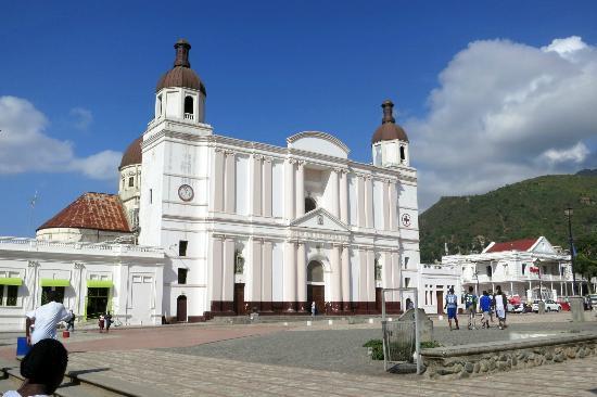 Cathedrale Notre Dame de Cap Haitien : Facade of Notre Dame de Cap Haitien