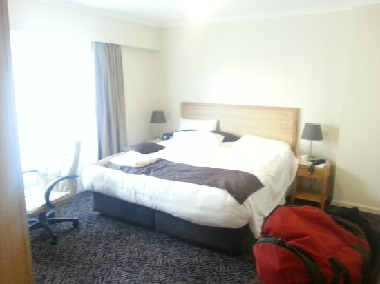 Best Western Plus Hovell Tree Inn: main bedroom