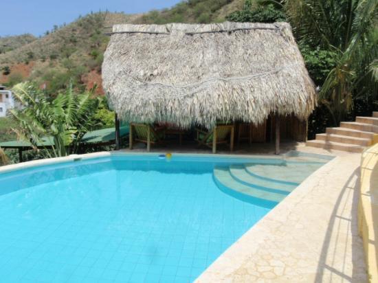 Casa Los Cerros: El kiosco de palma