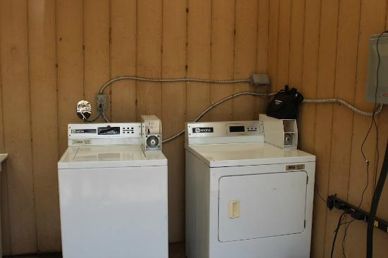 Camp Olowalu: Washer and Dryer/Charging station