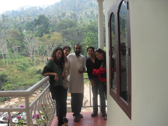 Ripples N Rocks Homestay : Sisters from Tel aveve