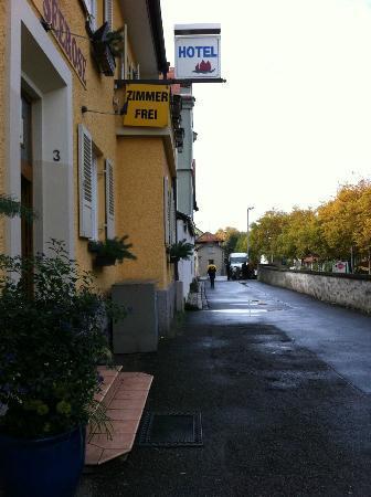 Hotel Seerose Lindau : 旅館的外觀。