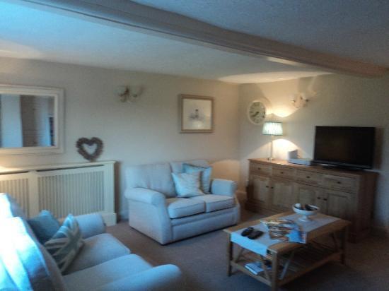 Birtles Farm: Lounge