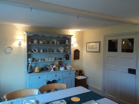 Birtles Farm: dining room