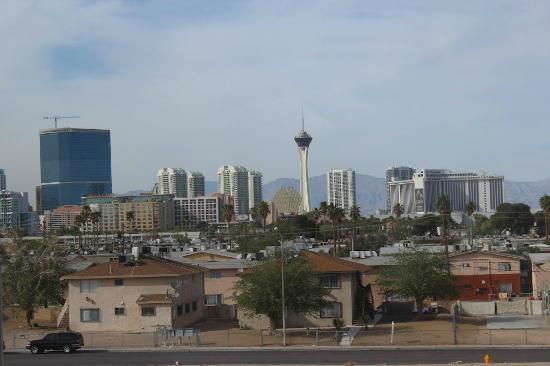 Four Points by Sheraton Las Vegas East Flamingo: View from my room
