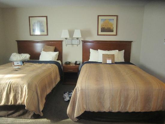 Candlewood Suites Pittsburgh Cranberry : Queen-size beds