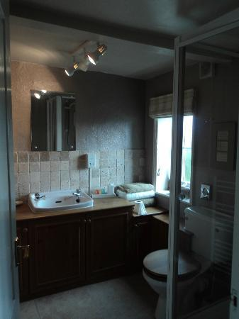 Birtles Farm: room 2 en~suite