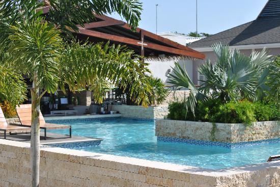 Trupial Inn: Pool