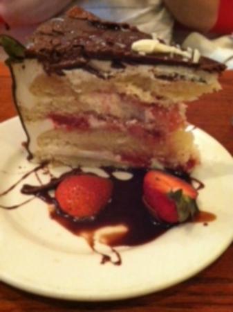 Red Bamboo : chocolate strawberry shortcake