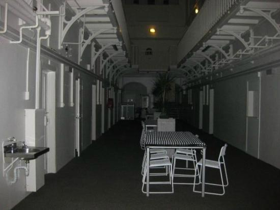 Jailhouse Accommodation: Dining