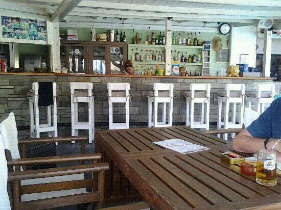 Elsa Hotel: Bar Area