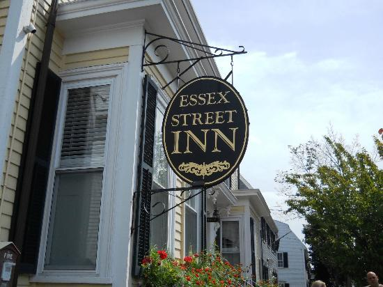 Essex Street Inn & Suites: Main Entrance