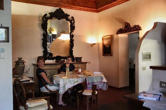Residenza Il Carmine : salle à manger
