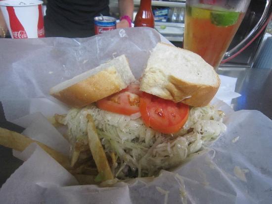Primanti Bros. (Cranberry): Fish Sandwich