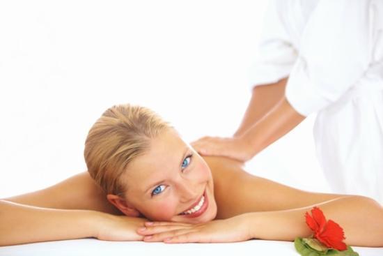 GLŌ Massage Therapy: Renew