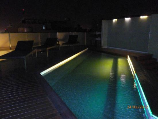 Eurobuilding Hotel Boutique Buenos Aires: Piso 10 Frente a Av. 9 de Julio Pool