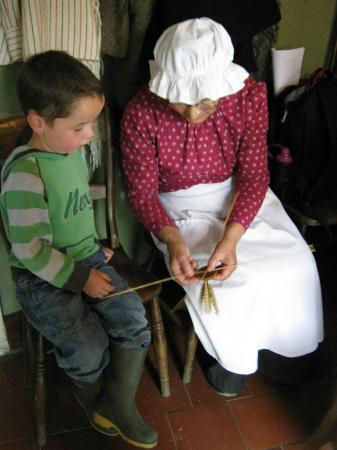 Acton Scott Historic Working Farm: Making a corn dolly