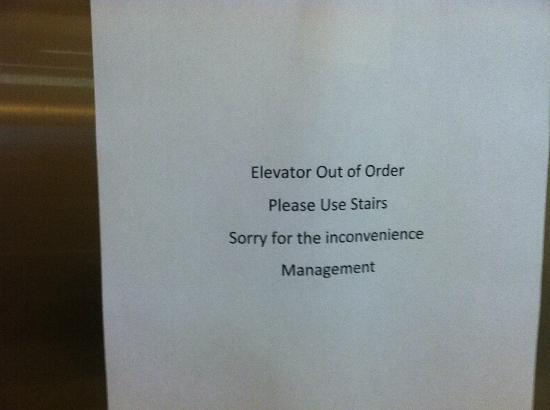 SpringHill Suites St. Petersburg Clearwater: Elevator out of order!