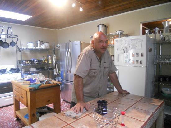 Angel Valley Bed and Breakfast: The host, in his kitchen.