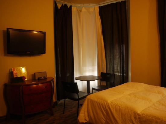 Hotel Star Montreal: Chambre