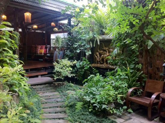 Pak Chiang Mai: entrata