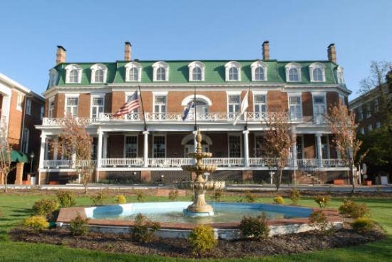 The Martha Washington Inn and Spa: front 1