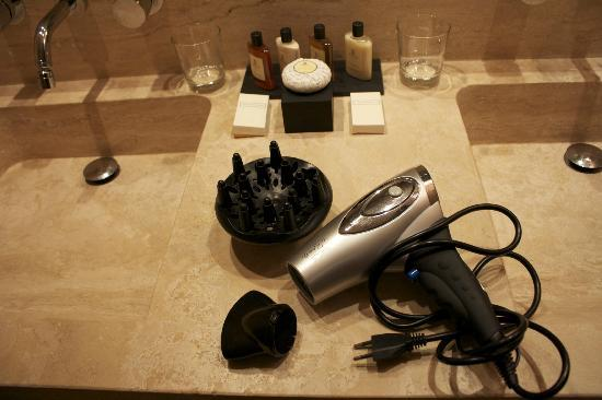 Castello di Velona Resort, Thermal Spa & Winery: Great Bath Products and They Have Excellent Hairdryers