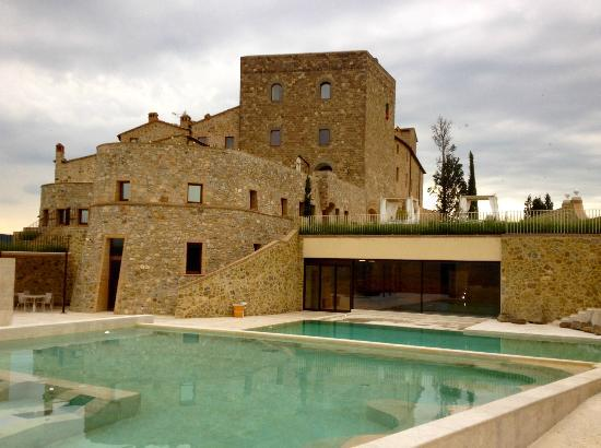 Castello di Velona Resort, Thermal Spa & Winery: View of Castle From the Far Side of the Pool