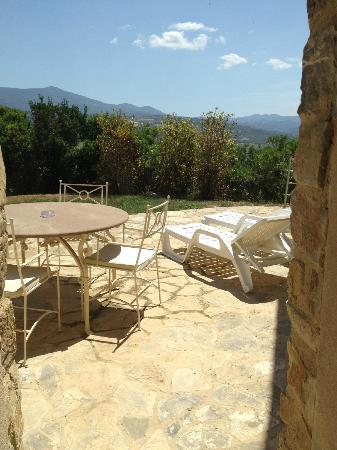 Castello di Velona Resort, Thermal Spa & Winery: Walkout Patio Connected to the Royal Spa Suite.