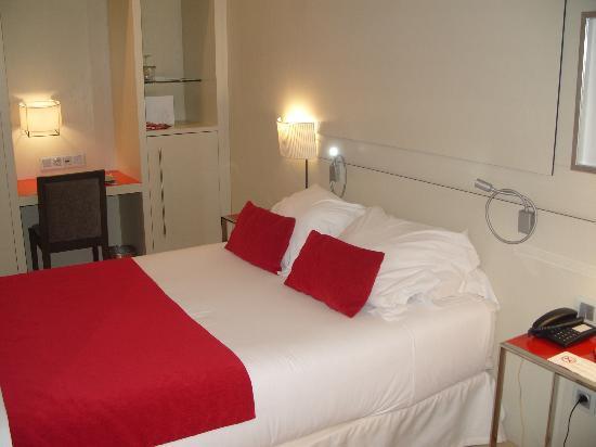 Basic Bedroom basic bedroom - picture of grupotel gran via 678, barcelona