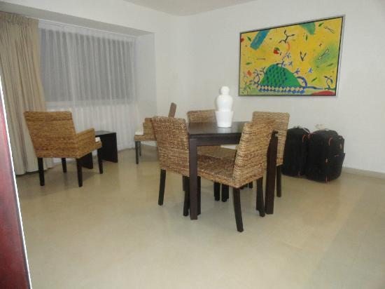 Hotel Bambu Suites: comedor