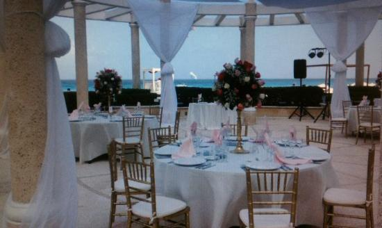 Sandos Cancun Lifestyle Resort: My Wedding Reception