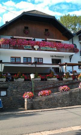 Ouren, بلجيكا: Hotel front