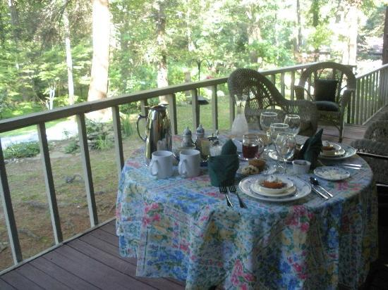 Inn the Woods Bed and Breakfast: Breakfast for two