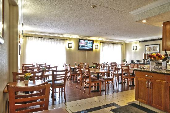 Best Western Kitchener-Waterloo: Breakfast Room