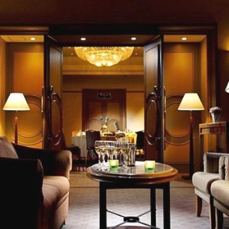 โรงแรมนูมาซุ ริเวอร์ไซด์