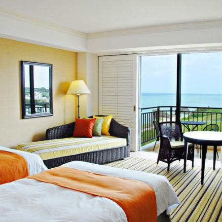 Hotel Nikko Alivila Yomitan Resort Okinawa: 施設内写真